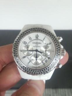 シャネル 腕時計 J12 クロノグラフ