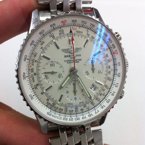 ブライトリング 腕時計 ナビタイマー01 AB0123 リミテッド世界2000本限定