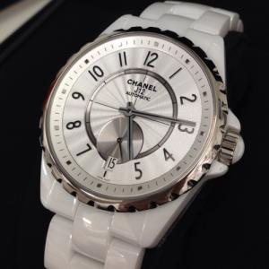 シャネル 腕時計 J12 スモールセコンド ホワイトセラミック