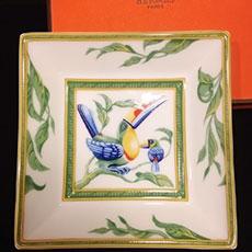 hermes-plate-toucan