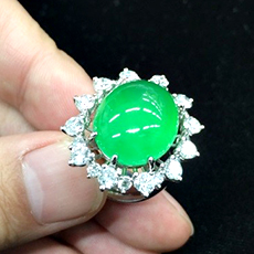 jade-diamonds-ring-1