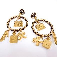 chanel-accessories-earrings