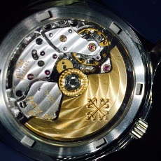 パテックフィリップ 時計 アクアノート 日本限定 ケースバック 裏蓋 プレミア価格 高額査定 希少モデル