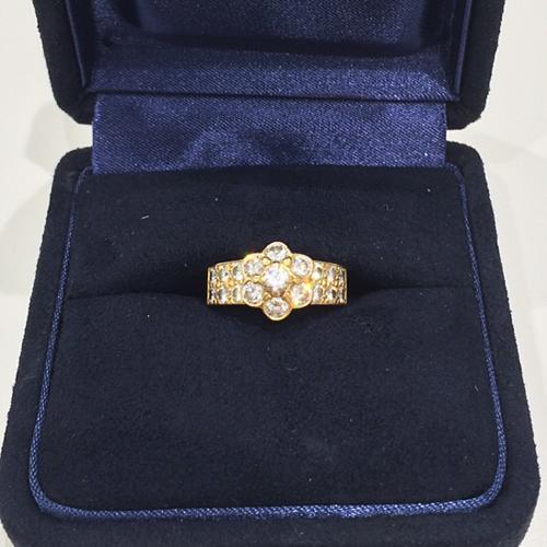 ヴァンクリーフ&アーペル ダイヤモンドジュエリーの買取事例@銀座本店 ~アルハンブラ以外も高額査定です~