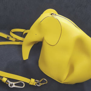 【実はエコ⁉】ロエベ(LOEWE) レザーアニマルの象バッグ