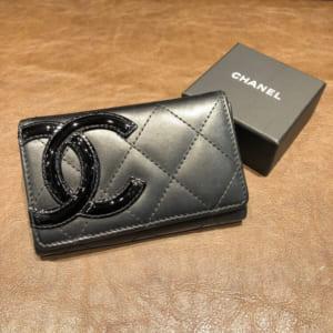 シャネル カンボンライン カードケース 黒 カーフ A50081 16番