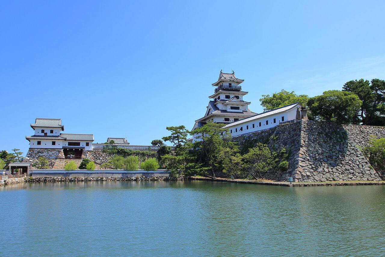 愛媛県の人口や面積などの概況について