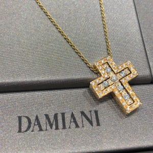 ベルエポック クロス ダイヤモンド ネックレス