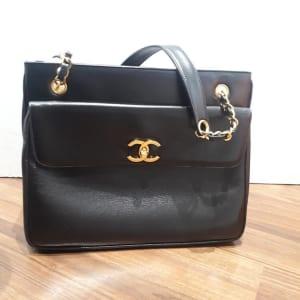 チェーンショルダートートバッグ 黒 ラムスキン ゴールド金具 A03682 2番