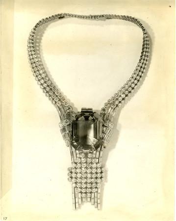 ティファニー、歴史的ネックレス再現のため80カラットのダイヤモンドを獲得