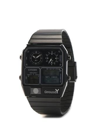 シチズンとGround Yの初コラボ腕時計、ANA–DIGI TEMPが限定発売