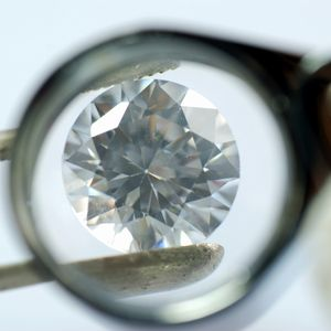 ラウンドブリリアント・カットなど、ダイヤモンドのカットの種類