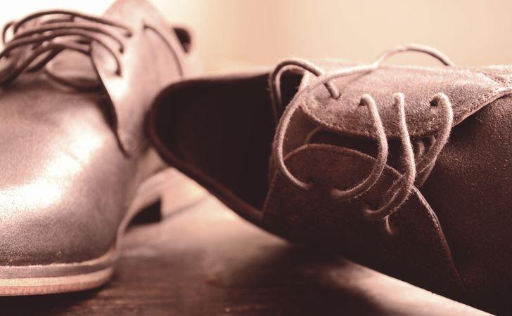 スエードの靴や服の汚れはどう落とす?スエードアイテムのお手入れ方法