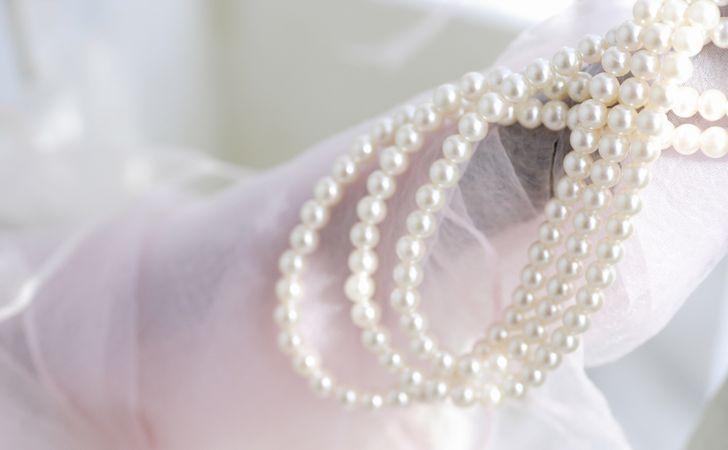 真珠(パール)のアクセサリーを美しく保つ!真珠のお手入れ・保管方法