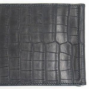 エルメスの最高級皮革素材・クロコダイルの種類や特徴をご紹介