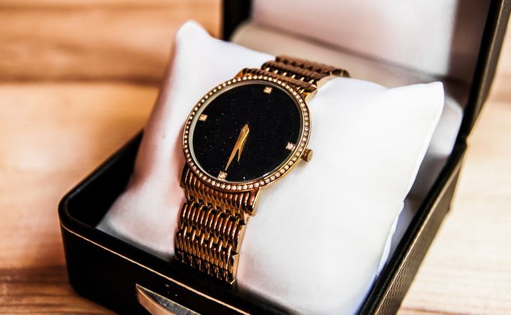 ブランド腕時計を高く売りたい!腕時計の高価買取の条件と注意点