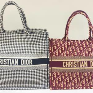 デザイン性抜群のバッグ、ブック トートをご紹介いたします!