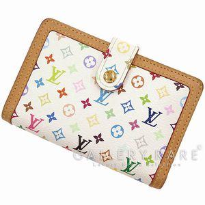 女性へのプレゼントに人気♡モノグラム・マルチカラーの財布