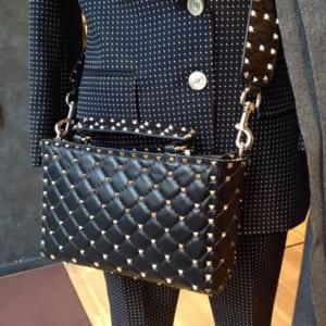 ヴァレンティノ・ガラヴァーニ(VALENTINO)のバッグ