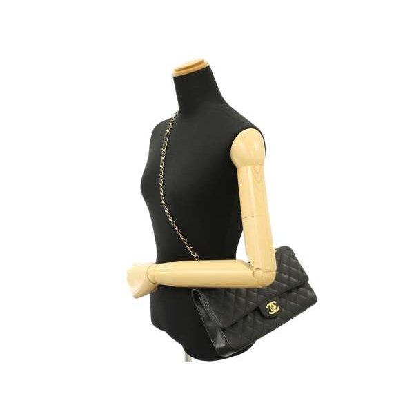 マトラッセのチェーンショルダーバッグはシャネル(CHANEL)の人気者!