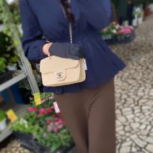 シャネル(CHANEL)の秋を先取りしたスウェードバッグをご紹介!
