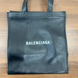 バレンシアガ ショッピングトート ロゴ 黒 541842